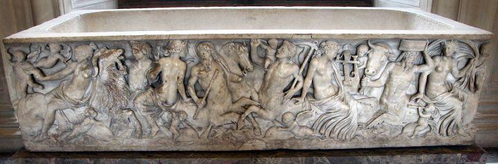 1600px-Roma,_sarcofago_detto_la_tomba_delle_nereidi,_collez._capitolina,_150_dc_ca._01