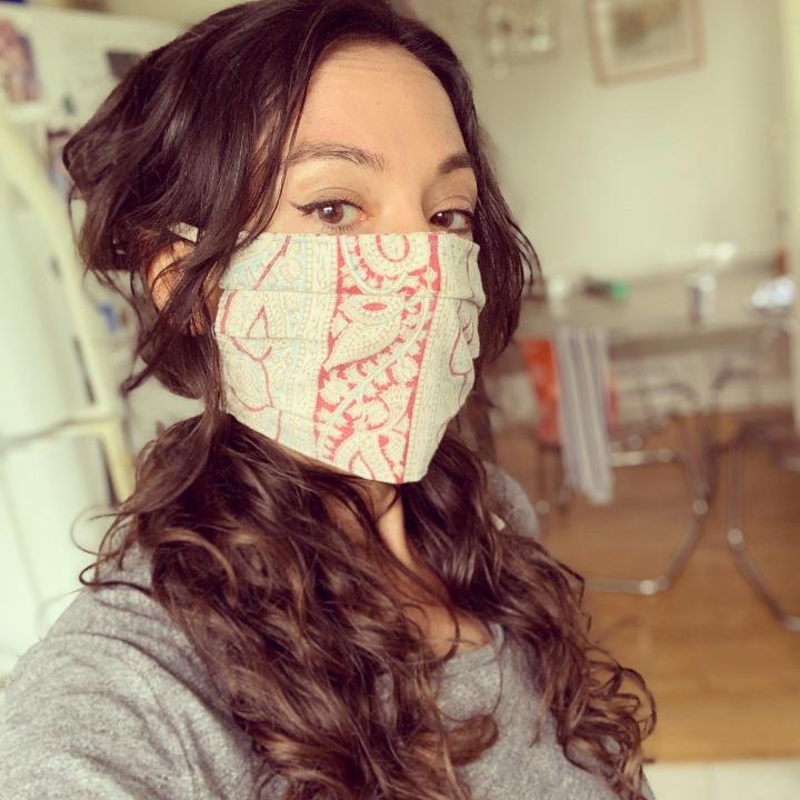 masked-lady